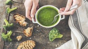 Свежая зеленая концепция супа брокколи Стоковые Фотографии RF