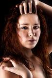 Свежая и влажная молодая женщина Стоковое Фото