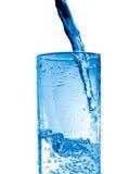 свежая стеклянная вода Стоковые Фото