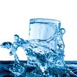 свежая стеклянная вода Стоковое Фото