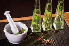 свежая ступка spices белизна Стоковые Изображения