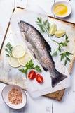 Свежая форель сырых рыб Стоковая Фотография