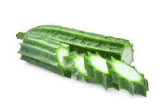 Свежее зеленое acutangula luffa при кусок изолированный на белизне Стоковые Изображения RF