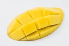Свежее очень вкусное желтое манго изолированное на белой предпосылке Стоковые Фотографии RF
