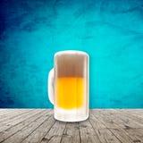 Свежее холодное пиво иллюстрация штока