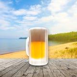 Свежее холодное пиво стоковое изображение