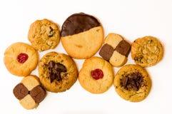 Свеже испеченные печенья на белой предпосылке Стоковое фото RF