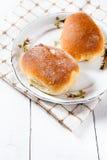 Свеже испеченные сладостные плюшки с вареньем Стоковые Изображения RF