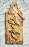 Свеже испеченные турецкие куски крена borek с сыром и шпинатом Стоковая Фотография