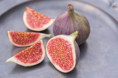 Свеже отрежьте зрелые смоквы Стоковое Изображение RF