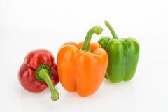Свежие болгарские перцы апельсина, зеленых и красных Стоковая Фотография