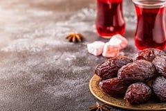 Свежие даты Medjool kareem ramadan стоковые изображения