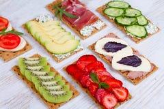 Свежие здоровые закуски закуски стоковые изображения rf