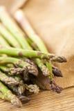 Свежие здоровые зеленые копья спаржи Стоковое фото RF