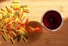 Свежие итальянские макаронные изделия. Стоковая Фотография