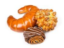 Свежие и вкусные плюшки с с сезамом и маковыми семененами, острословием бейгл Стоковое Изображение RF