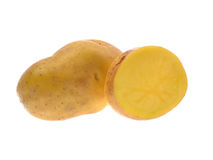 Свежие картошки изолированные на белых картошках backgroundFresh изолированных на белой предпосылке Стоковая Фотография