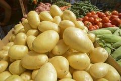 Свежие картошки и овощи Стоковое Изображение