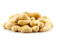 Свежие картошки на белизне Стоковое Фото