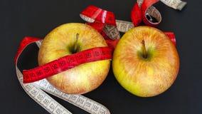 Свежие красные яблоки Стоковые Фотографии RF