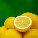 свежие лимоны Стоковые Фото