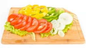 Свежие ломтики перца, лука и томатов Стоковая Фотография RF