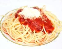 Свежие макаронные изделия с томат-соусом Стоковая Фотография RF
