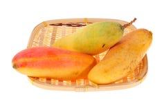 свежие мангоы Стоковое Изображение