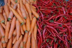 Свежие моркови и перцы Стоковая Фотография