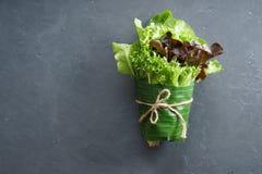 Свежие овощи в обруче лист банана Стоковая Фотография RF