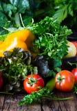 Свежие овощи на деревянной предпосылке Стоковые Фото
