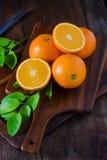 Свежие органические плодоовощи апельсинов Стоковые Изображения RF