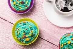 Свежие пирожные и кофе Стоковое Фото