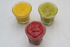 Свежие пить smoothie Стоковые Фотографии RF