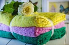 Свежие полотенца Terry Стоковое фото RF
