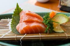 свежие семги Salmon сасими стоковые фото