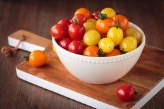Свежие сырцовые томаты вишни Стоковое Фото