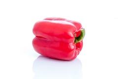 Свежие сладостный перец, болгарский перец или capsicum на белой предпосылке Стоковое Изображение RF