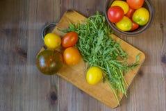 свежие томаты зеленых цветов Стоковые Изображения RF