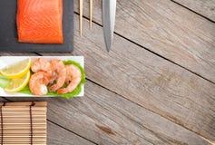 Свежие утвари продукта моря и кухни Стоковые Изображения RF