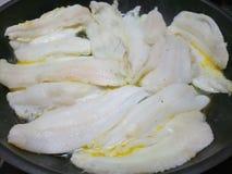 Свежие филе рыб Дувра жаря в масле Стоковые Изображения RF
