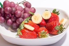 Свежие фрукты в шаре Стоковое Фото