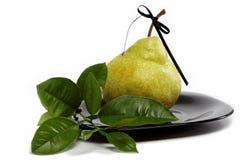 Свежие фрукты изолированные на белизне. Стоковое фото RF