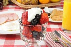 свежие фрукты коктеила ягод Стоковая Фотография