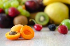 Свежие цветастые плодоовощи Здоровое питание, концепция диеты стоковые фото