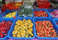 Свежие цветки для продажи в меньшей Индии, Сингапуре стоковые изображения