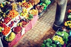 Свежие экзотические плодоовощи на рынке funchal Мадейра Стоковое фото RF