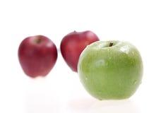 Свежие яблоки Стоковые Фотографии RF
