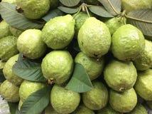 Свежие Guavas Стоковые Изображения