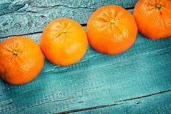 свежие tangerines Здоровая еда и принципиальная схема диеты Стоковые Изображения RF